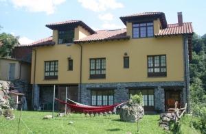 Escapada romántica o en familia a Asturias